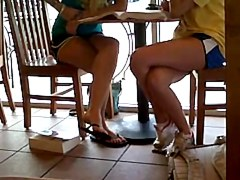 Cheerleaders Candid Dangling cute feet