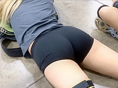 Hot volleyball girl cameltoes
