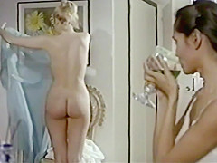 Laura Gemser, Barbara Rey - El periscopio