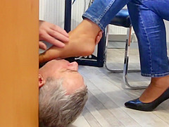 Technician visit the secretarys office with horny surprice
